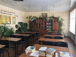 У селі Анастасівка друга за озелененням школа в Україні, яку тепер можуть закрити