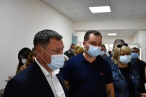 Нардеп Максим Гузенко відкрив нове приймальне відділення Роменської ЦРЛ